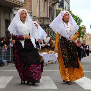 Sfilata Sant'Efisio Costume tipoco San Giovanni Suergiu