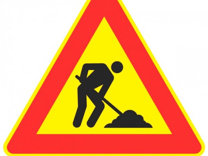 cartello-di-segnalazione-lavori-in-corso